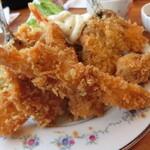京田村 - 料理写真:ミックスフライ定食