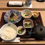 赤坂 ひかわ - 鯛茶漬け膳(税込み1650円)