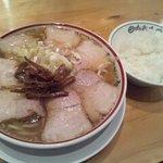 田中そば店 本店 - 肉そばWITHライス
