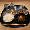 恵比寿 笹岡 - 料理写真:生姜焼と焼きサバの定食 1500円