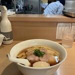 147913497 - 「らぁ麺」越しの内観