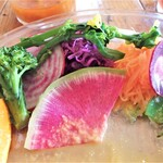 カフェ コーストライフ - 色とりどりの野菜たち