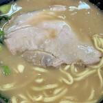 杉田家 - 塩っぱかったので追いスープを!(^^;