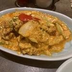 タイ料理研究所 - * プーニム・パット・ポンカリー ソフトシェルクラブとふわふわ卵のカレー炒め 2,680円