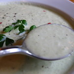 オステリア・ブラ - 本日のスープ:色々お豆の冷スープ ※アップ