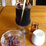 オステリア・ブラ - お口直し:ぶどう/ドリンク:アイスコーヒー