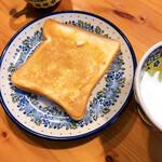 バックハウス・イリエ - 名水食パン