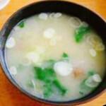 三峯山 大島屋 - ナメコの味噌汁
