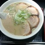 信長ラーメン - チャーシュー麺。