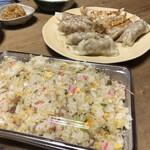 満北亭 - 肉餃子とチャーハンセットです(^ー^)⭐️
