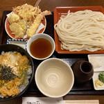 にし家 - 玉子丼と天ぷらうどんのセット