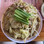 147958244 - 博多ちゃんぽん 900円の麺大 +100円(2021年3月)