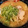 峰味 - 料理写真:令和2年8月 とんこつ醤油ラーメン(肉2枚) 税込750円