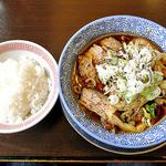ゴインゴイン - 肉のせ中田ブラック(ライスを普通盛りに変更)