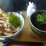 天食 かまど - 料理写真:天丼と蕎麦ランチ850円