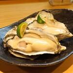 石臼挽き手打 蕎楽亭 - 小長井産の生牡蠣