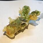 石臼挽き手打 蕎楽亭 - たらの芽の天ぷら