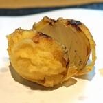 石臼挽き手打 蕎楽亭 - 小玉ねぎの天ぷら