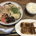 博多だるまJAPAN - 料理写真:餃子セット