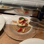 PIZZERIA NAPOLETANA CANTERA - ブラータチーズといちご@1260円
