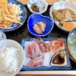 女性部食堂 - 刺身定食 1,300円