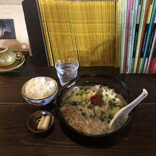 からしやクラシック - 料理写真:カラシヤクラシック(オロチョンラーメン・ライス)