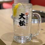 大衆 焼き肉ホルモン 大松 - レモンサワー・大