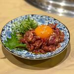 大衆 焼き肉ホルモン 大松 - ハラミユッケ