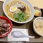 三代目文治 - 牛たん味噌うどん+牛たん丼セット