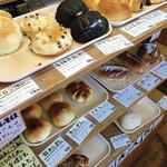 花ねこパン屋 - 料理写真:店内