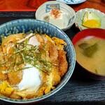 割烹みや川 - 煮かつ丼660円