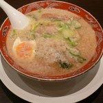 ラーメン貫ろく - 醤油ラーメン 650円