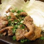 ニュー浅草 - 親鶏オリーブオイル焼 380円