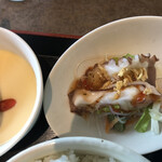 海鮮中華厨房 張家 北京閣 - 蛸のカルパッチョ