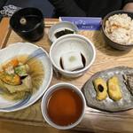 中央食堂・さんぼう - 胡麻豆腐湯葉巻揚げ