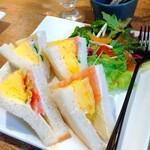 ナスビィ - 料理写真:サンドイッチ
