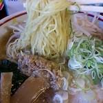 14804509 - 極細麺がうまぁい
