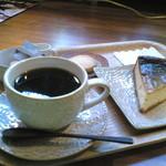 14806037 - H24/8森のコーヒーとベイクドチーズケーキ