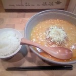 京担 - 坦坦麺(並)とライス