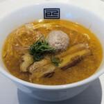 淡麗拉麺 己巳 - 海老香る濃厚ピリ辛味噌らーめん1,050円