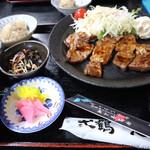 ニカク食堂 - トンテキ定食