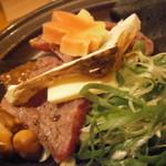 14809343 - 和牛と松茸の朴葉蒸し