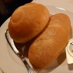 ブルーバイユー・レストラン - パン