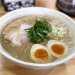 148098391 - 桐麺しょうゆ(鶏白湯しょうゆ)