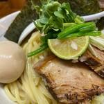 百日紅 - 特製濃厚つけ麺(大盛)アップ