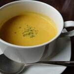 148103213 - 本日のスープ。カボチャポタージュ。