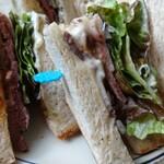 148103215 - サンドイッチの萌え断?