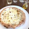 グロッソ - 料理写真:クアトロ・フォルマッジ