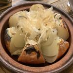 カキ酒場 北海道厚岸 - 北海道玉ねぎ丸々焼き 甘くて美味しい!