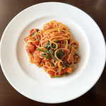 展望・星屑レストラン ガイア - クリスタルポークベーコンとトマトソースのパスタ